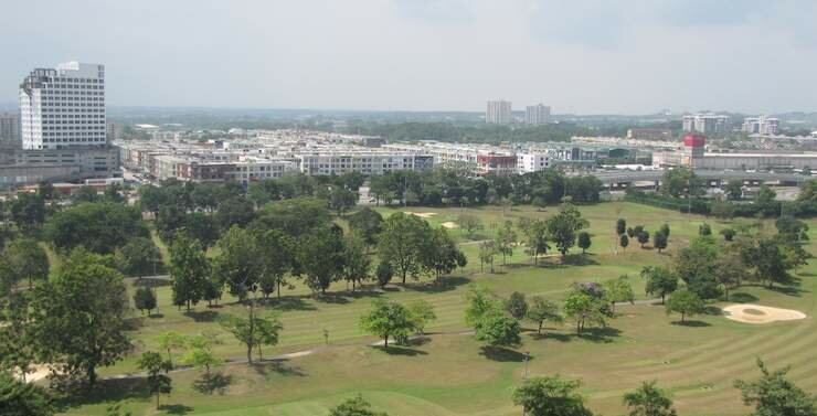 photo of the golf course view from Straights View Condo